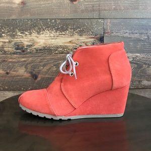 Huberto S. Muiller orange wedge shoes -6